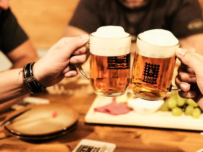 LOCH - beer pub